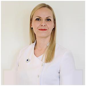 SKY kosmetologi Karoliina Pihlaja - Kauneushoitola Pioni - Oulu